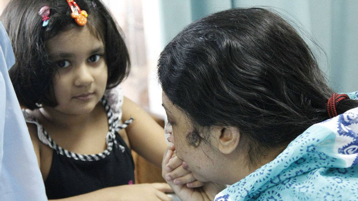 Rumana Monzur's daughter Anoushe was in the room when her mother was attacked two weeks ago in Dhaka, Bangladesh.