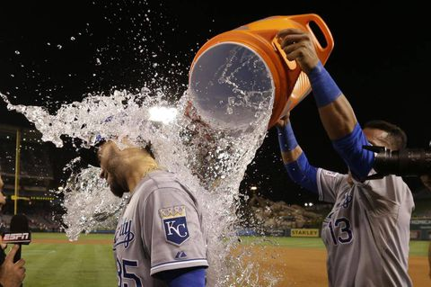 Royals on brink of ALCS after 11-inning win
