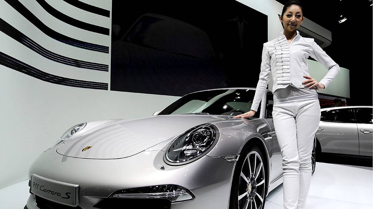 Porsche 911 Carrera S (type 991) at the 42nd Tokyo Motor show in Tokyo on November 30, 2011.