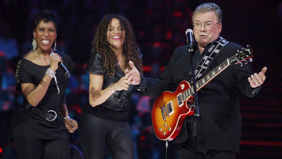 Host William Shatner performs as he takes to the stage during the Juno Awards in Ottawa, Sunday April 1, 2012.